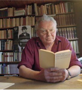 Foto: Foto Knut Snare Aftenposten NTB Scanpix. Winje fotografert hjemme på Vegårshei i 1996 i forbindelse med tildelingen av Hesse-prisen.