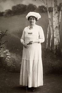 Foto av Hulda Foto: Helland Co., Nasjonalbiblioteket